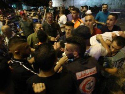 Israel Larang Warga Palestina Shalat di Masjidil Aqsa