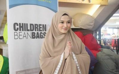 Lyra Virna Pilih Hijab Syar'i Sejak Awal Berhijrah