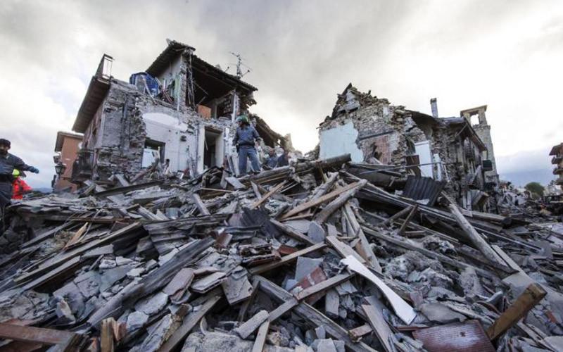 Khalifah Umar bin Khattab & Umar bin Abdul Aziz, Gempa Teguran Dari Allah