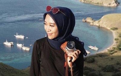 Nayadini, Solo Traveller Berhijab dengan Segudang Pengalaman