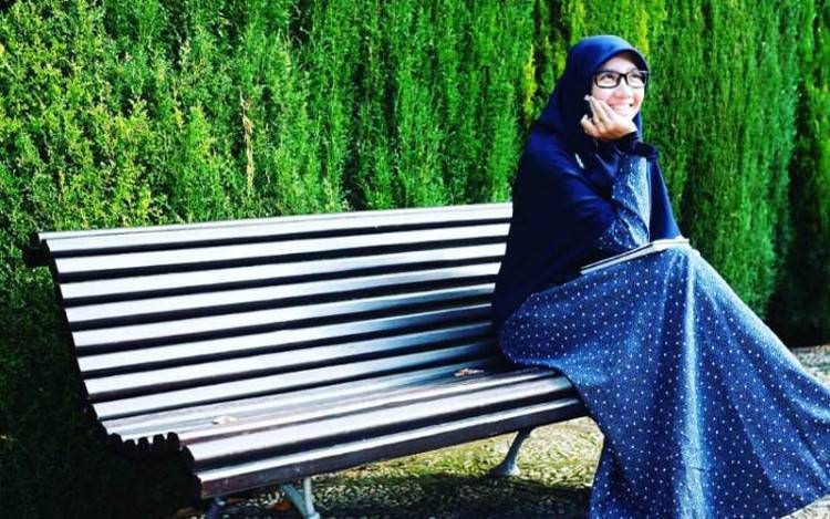 Dewi Nur Aisyah : 'Jadilah Muslimah Luar Biasa!'