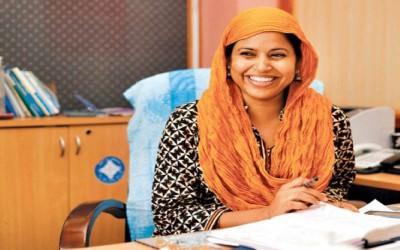 Mohna Ansari, Pengacara Muslimah Pertama di Nepal