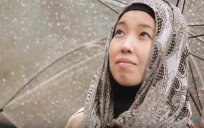 Diberikan Air Zamzam, Wanita Keturunan Jepang ini Tergerak Masuk Islam