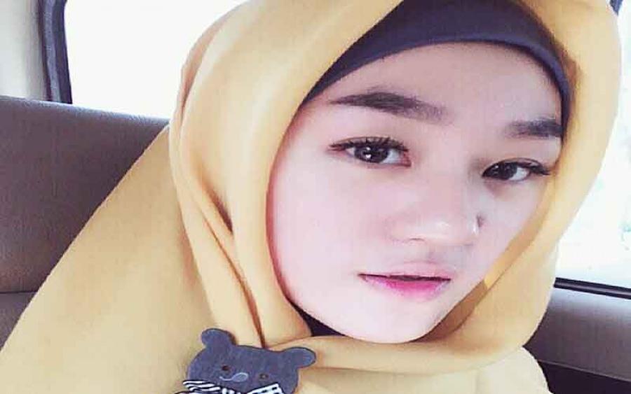 Mencari Kebenaran Tentang Tuhan, Menuntun Remaja 19 Tahun Memeluk Islam