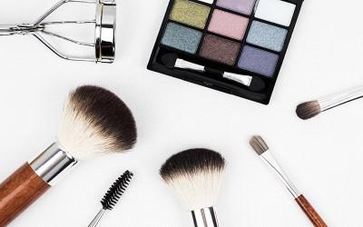 5 Alasan Kamu Harus Mendapatkan Manfaat Primer Sebagai Base Makeup