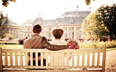 5 Bahasa Cinta yang Membuat Pasangan Bahagia