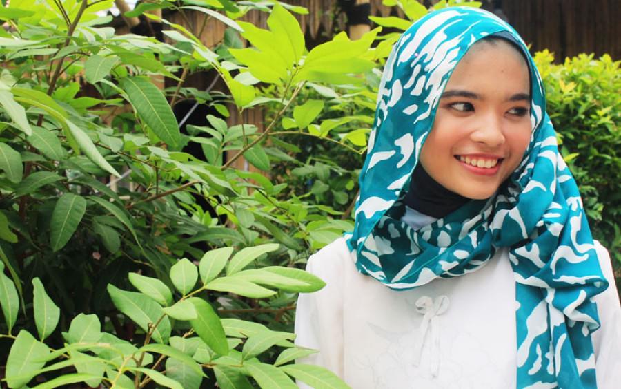 Tampil Cantik Saat Idul Fitri ? Perhatikan 5 Dandanan Terlarang bagi Muslimah
