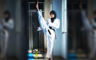 Mengenal Atlet Taekwondo Berhijab Mariska Halinda