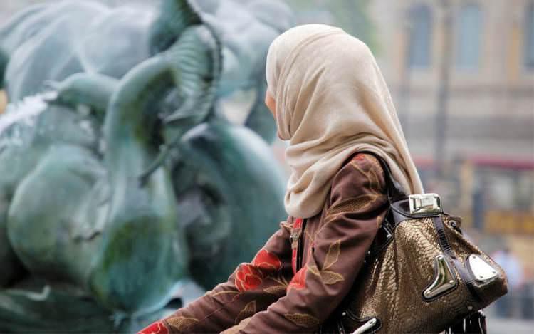 Pengadilan Uni Eropa Melarang Muslimah Mengenakan Jilbab
