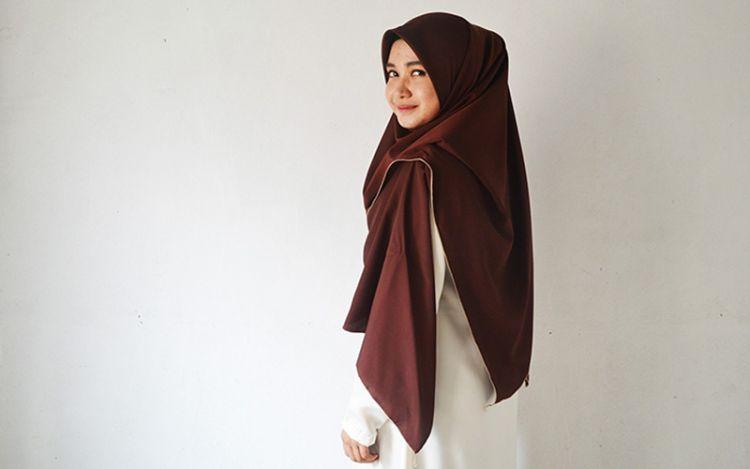 Trend Hijab Anti Air, Cocok Digunakan Sehari-Hari