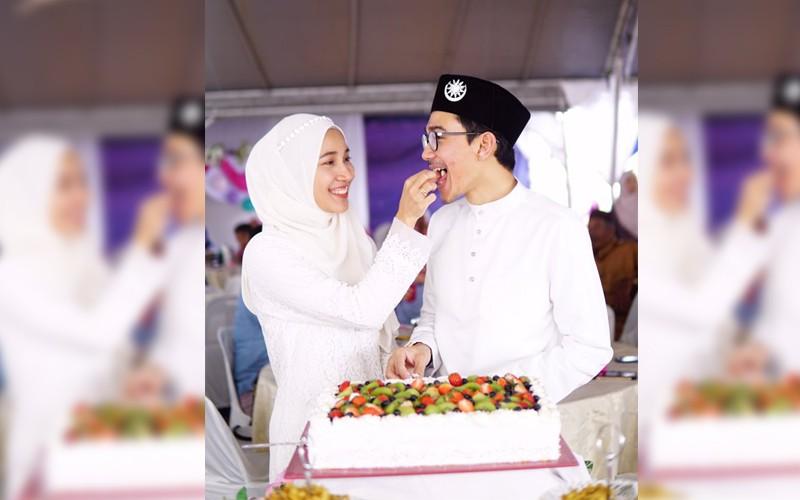 Viral, Tanpa Pelaminan Sederhananya Resepsi Pernikahan Dua Sejoli Ini