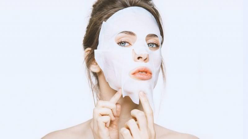 5 Sheet Mask Yang Akan Buat Wajahmu Semakin Cerah