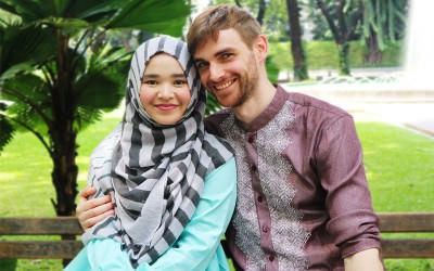 Perjalanan Michael Ruppert, Traveler Yang Temukan Islam di Indonesia