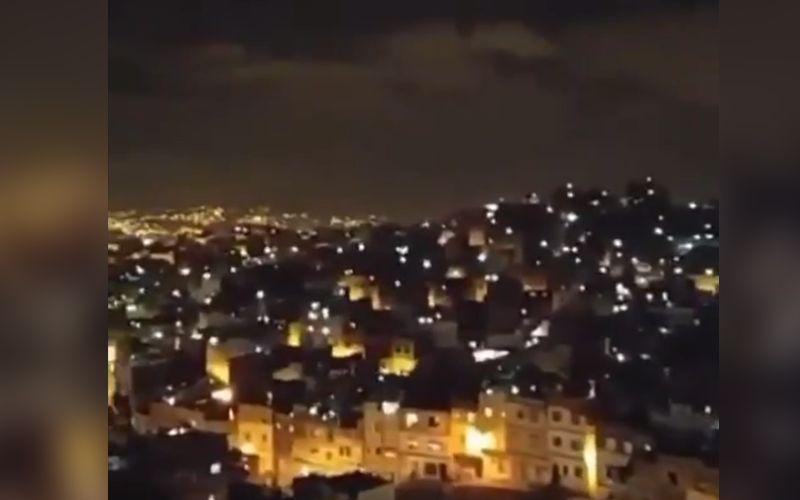 Video Mengharukan, Warga Maroko Berdoa Bersama Saat Lockdown