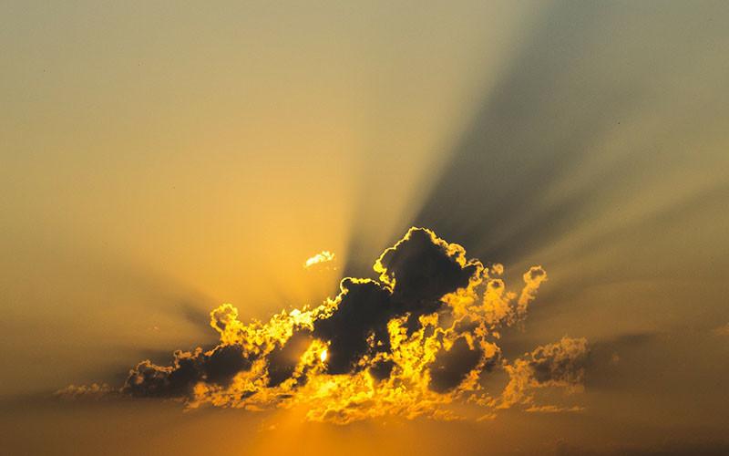 Jika Iblis Kelak di Neraka, Apakah Malaikat juga Masuk Surga?