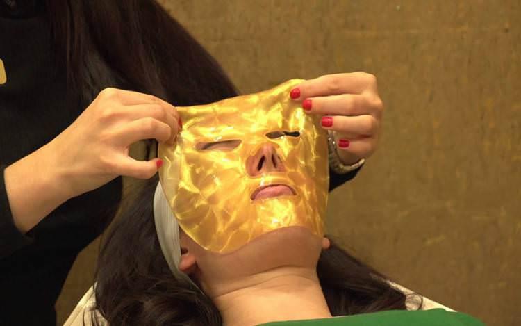 Bolehkah Menggunakan Masker Berbahan Emas Dalam Islam ?