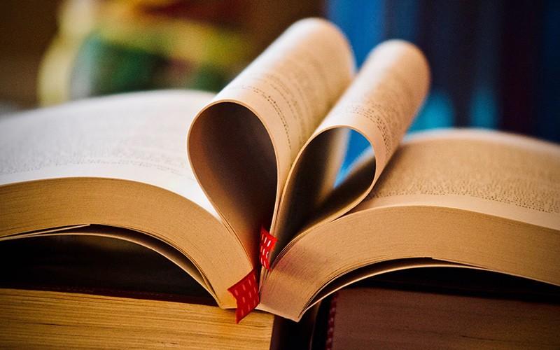 7 Buku Ini Perlu Kamu Baca Sebelum Menikah