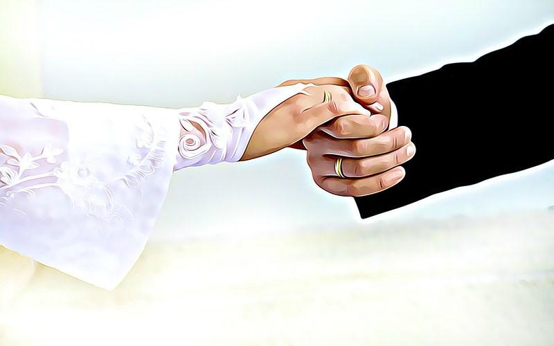 Hukum Mengumbar Kemesraan di Medsos, Pasangan Muda Wajib Baca!