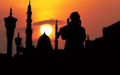 Kasus Meiliana, Bagaimana Hukum Mengeraskan Adzan dalam Islam?