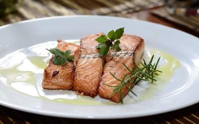 5 Fakta Tentang Mengonsumsi Ikan Salmon yang Jarang Diketahui Foodie