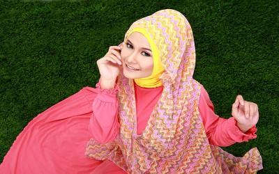 Nasihat untuk Muslimah: Menjadi Wanita Paling Bahagia