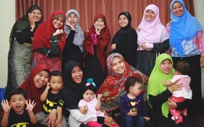 Menengok Serunya Kumpul Bersama Komunitas Ibu Muda