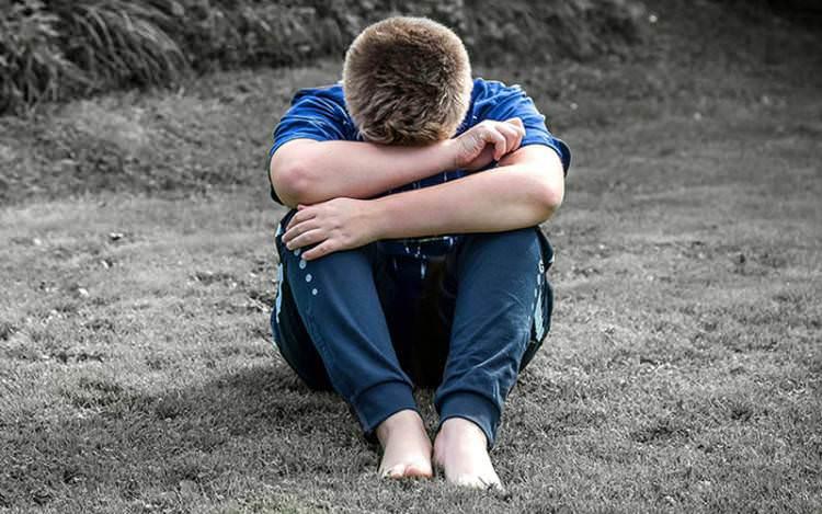5 Tips Mengatasi Trauma Pada Anak
